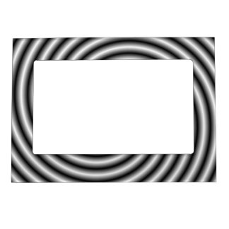 Magnetic Frame  The Swirl in Black and White