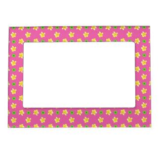 Magnetic Photo Frame Primroses, Deep Pink, Polkas