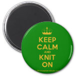 [Knitting crown] keep calm and knit on  Magnets