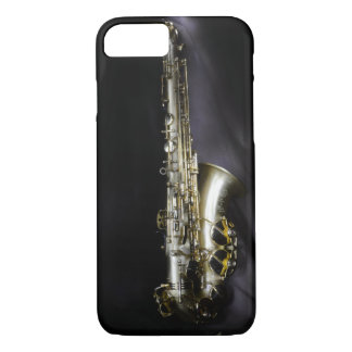 Magnificent brass saxophone on black background iPhone 8/7 case