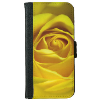 Magnificent yellow rose macro picture iPhone 6/6s wallet case