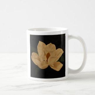 Magnolia 2 mug