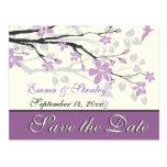 Magnolia con las flores púrpuras que casa reserva  postal