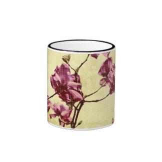 Magnolia de Beautifu en fondo del grunge Tazas De Café