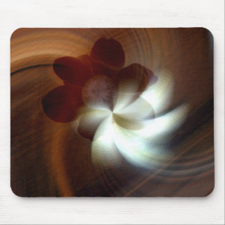 Magnolia doble mousepads