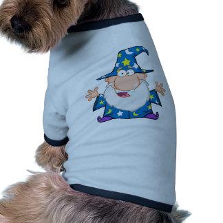 Mago amistoso con los brazos abiertos ropa de perros