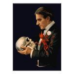 Mago Thurston del vintage que sostiene un cráneo h Anuncios Personalizados