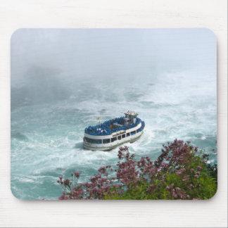 Maid of the Mist boat at Niagara Falls, Canada Mouse Pad