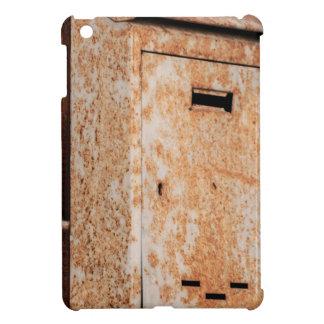 Mailbox rusty outdoors iPad mini cover