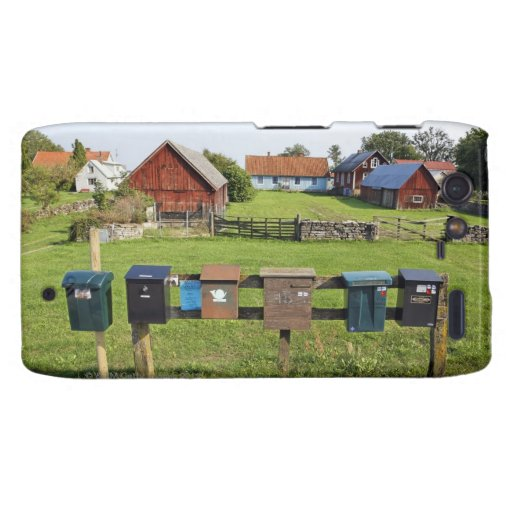 Mailboxes and Houses Droid RAZR Covers