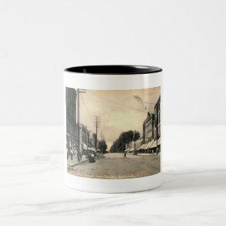 Main Street, Ashtabula, Ohio 1909 Vintage Two-Tone Coffee Mug
