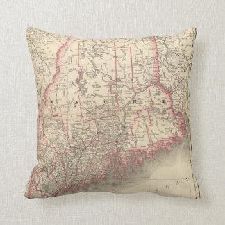 Maine 6 pillow