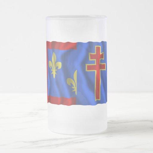 Maine-et-Loire que agita la bandera Tazas
