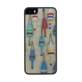 Maine, Stonington, decorative lobster buoys Wood iPhone SE/5/5s Case