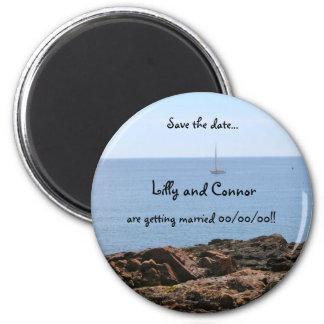 Maine - velero - reserva de la playa la fecha imán redondo 5 cm