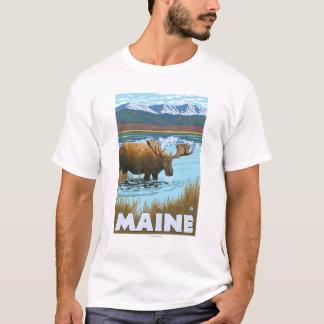 MaineMoose Drinking in Lake T-Shirt