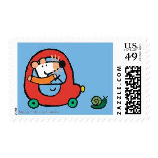 Maisy conduce un coche rojo lindo sellos