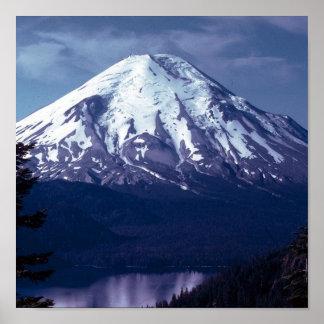 Majestad de la montaña púrpura póster