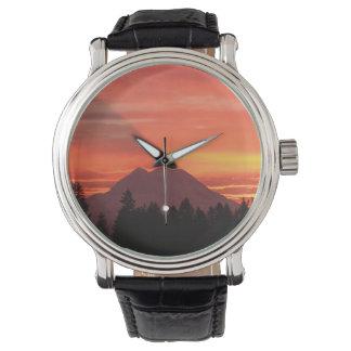 Majestad de la montaña relojes de pulsera