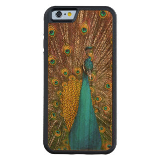 Majestic Peacock Bird on Display Carved® Cherry iPhone 6 Bumper