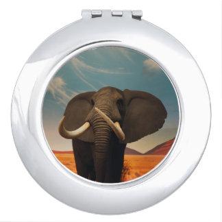 Majestic Stature Compact Mirror