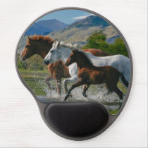 Majestic wild horses running free gel mouse pad