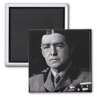 Major Sir Ernest Shackleton Magnet