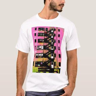 Make Art Not War, L O V E T-Shirt