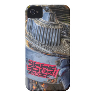 Make Out Not War iPhone 4 Case-Mate Case