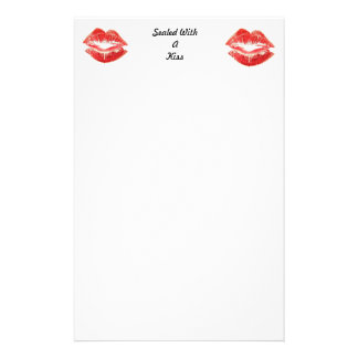 Make sure you never forget to seal with a kiss stationery
