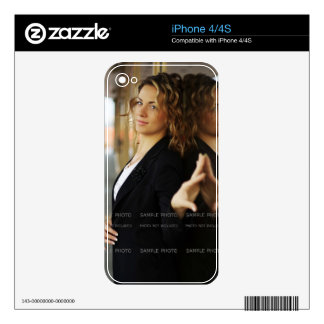 Make Your Own Photo Decal For The iPhone 4S