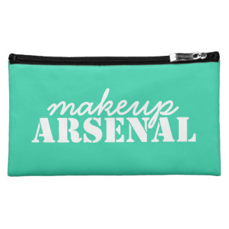Makeup Arsenal: Gear Bag Beauty Pros- mint, white