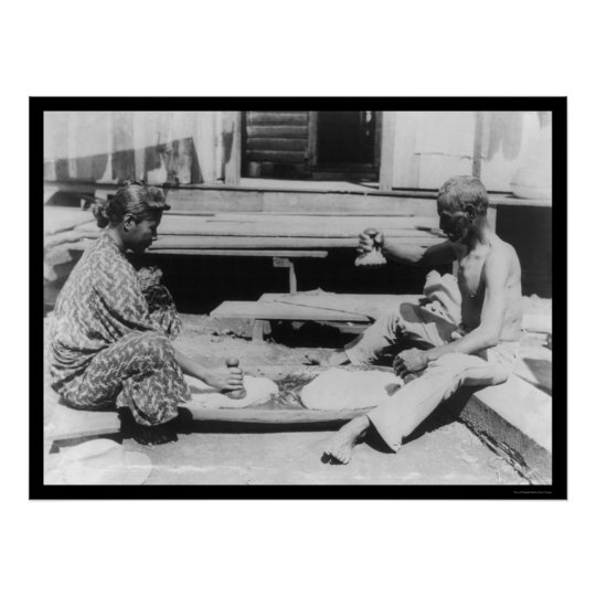 Making Poi in Hawaii 1908 Poster