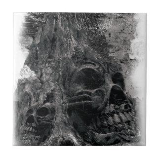 Mal asustadizo de la muerte del cráneo del horror azulejo cuadrado pequeño