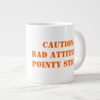 Mala actitud, palillos puntiagudos taza extra grande