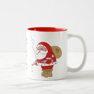 Mala taza divertida del navidad de Santa