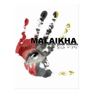 Malaikha - vea con sus manos postal