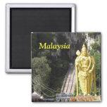 Malasia Batu excava el imán de la estatua