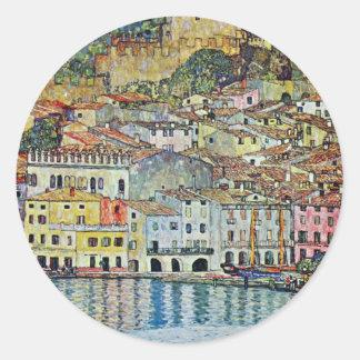 Malcesine en el lago Garda por Klimt, arte Nouveau Etiquetas Redondas