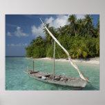 Maldivas, atolón masculino del norte, isla de Kuda Posters