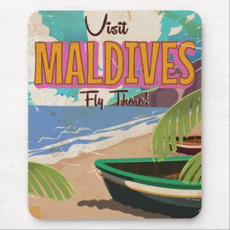 Maldives island vintage travel poster art. mouse pad