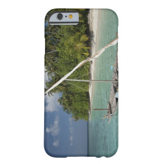 Maldives, North Male Atoll, Island of Kuda Barely There iPhone 6 Case