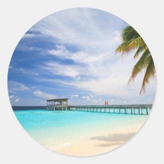 Maldivian escape classic round sticker