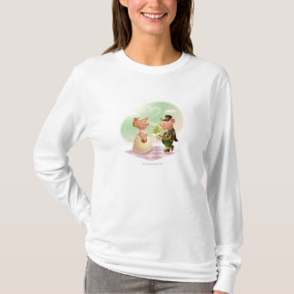 Male pig gives a bouqet of flowers to a female pig T-Shirt