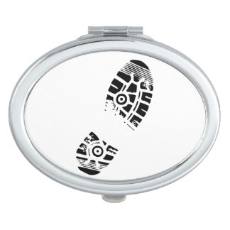 Male shoe print compact mirror