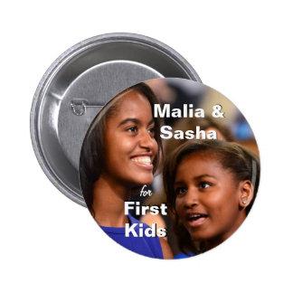 Malia y Sasha Obama para el primer botón de los ni Pin