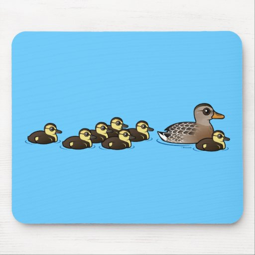 Mallard & seven ducklings mouse pad