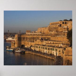 Malta, La Valeta, opinión del puerto de un Barrakk Póster