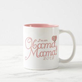 Mamá 2012 engranaje de Obama Taza De Dos Tonos