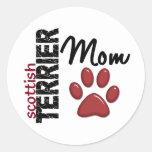 Mamá 2 de Terrier del escocés Etiquetas Redondas